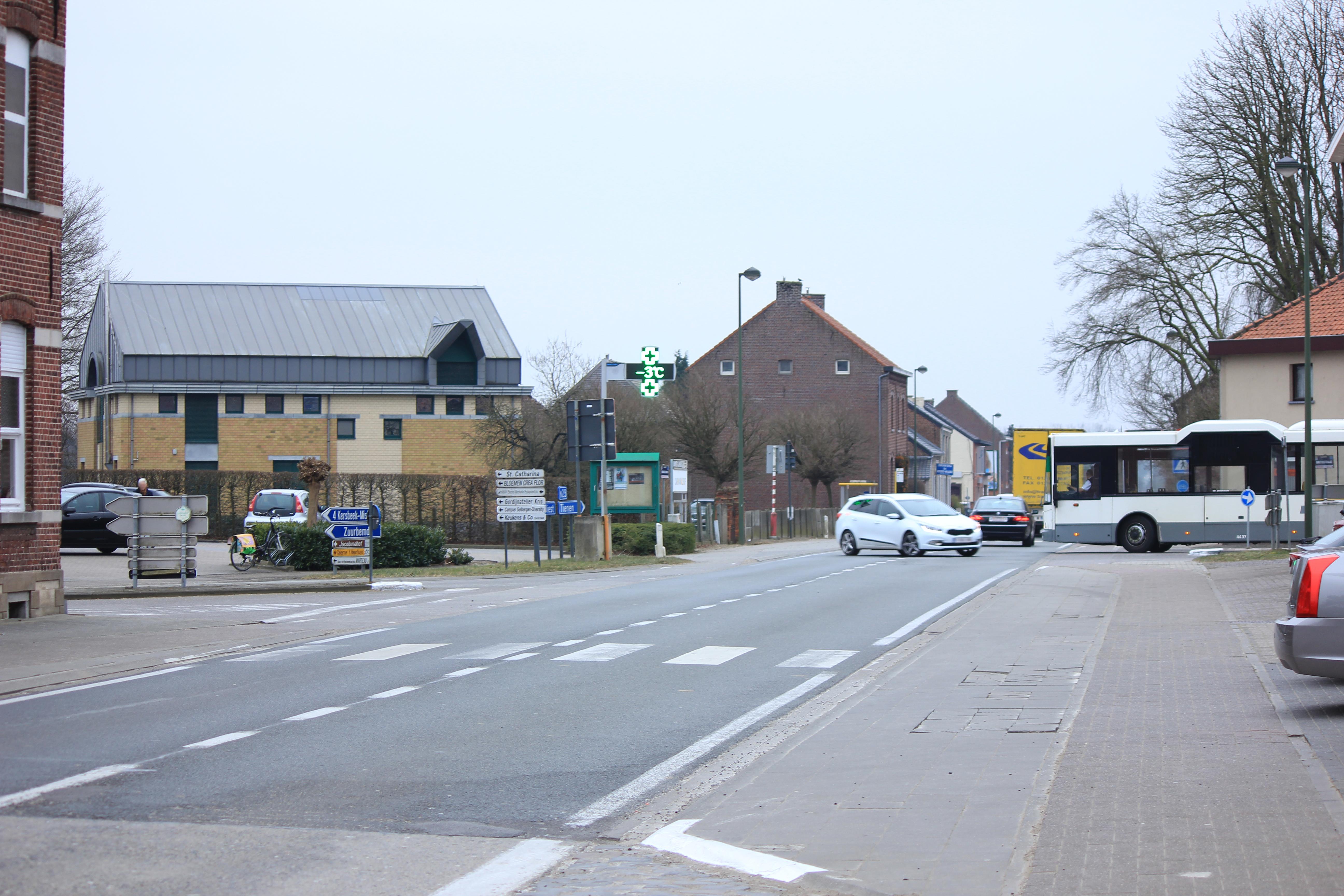 Kruispunt Tiensesteenweg (N29), Grotestraat en Zuurbemde